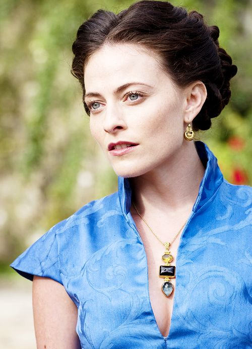 lara pulver profile | Photo Album