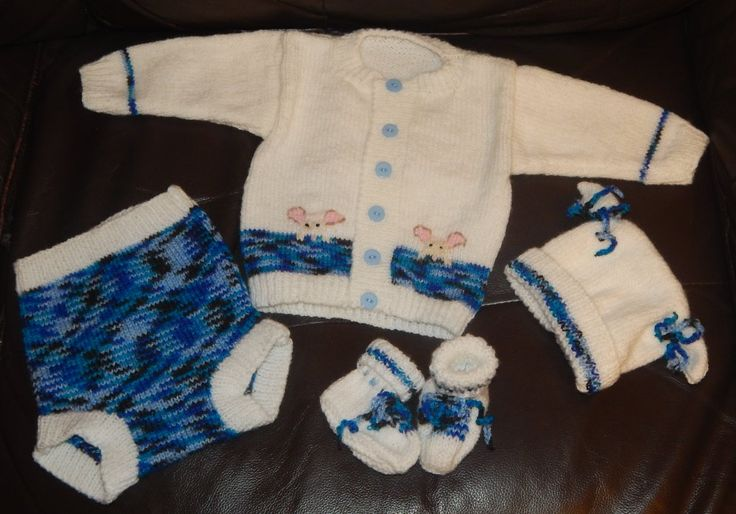 Blue & White Mouse set from a pattern by Tiina Hoddy