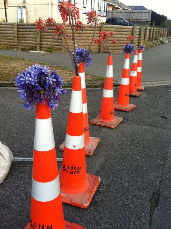 f8bd6e50772c02fe40a0a44e176a584e cone the road 172 best orange cones images on pinterest funniest pictures