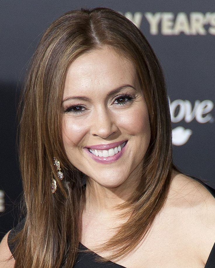 Reboot of 'Charmed' may not be charming as Allyssa Milano reveals the uncertainty of original cast's return - http://www.sportsrageous.com/others/reboot-charmed-may-not-charming-allyssa-milano-reveals-uncertainty-original-casts-return/10494/