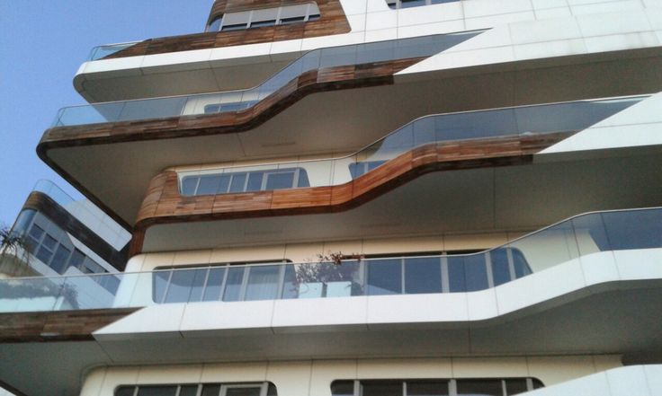 #ResidenzaHadid #CityLife #ZahaHadid #Milano #architecture