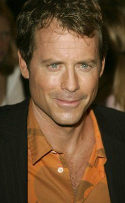 Greg Kinnear at event of Bad News Bears (2005)