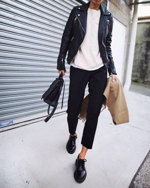127ccf6442 Dr. Martens Dupree | BC in 2019 | Fashion, Fashion outfits, Style