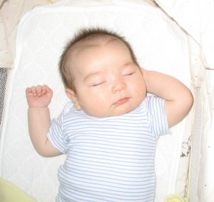 What are baby breathing monitors and what features should you look out for? http://www.babymonitorsonline.co.uk/blog/baby-monitor-help-info/breathing-monitors-features/