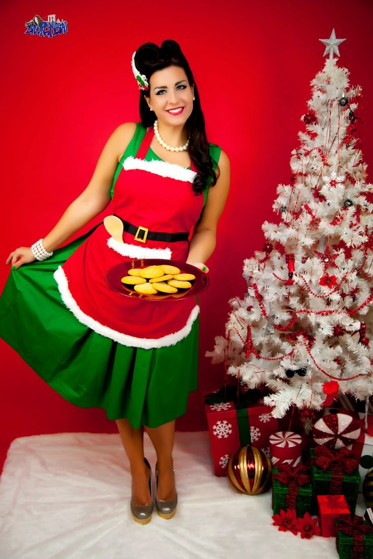 Blog - Photo , Buttercream Bettie Pinup Model: Southern Comfort Eggnog Cheesecake