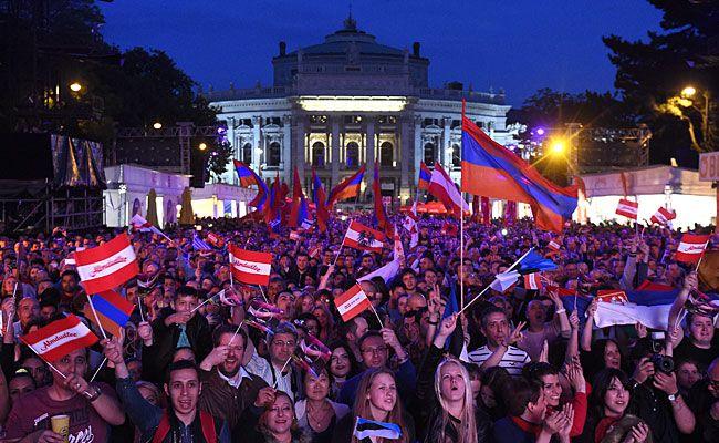 Fans feierten ersten österreichischen ESC- Gewinner am 20 Mai 2015