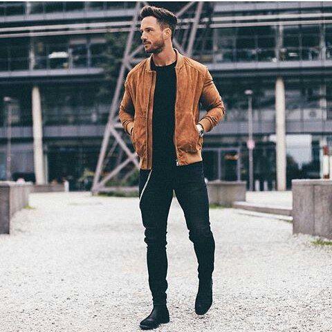 #mulpix Estilo!  @magic_fox  #preto  #tomboy   #camisa  #shirts  #camisas  #bugremoda  #tailoring  #amazing  #moda  #terno   #fashion  #modamasculina   #lumbersexual  #style  #guys  #dapperman  #tomboystyle  #camisaestampadas  #tomboyfashion  #dapper  #modaparahomem  #fashionmen  #fashionman   #black  #modaparahomens  #fashionista  #modahomem   #modahombre  #menshirt  #barbudos  Imagem: Reproduções