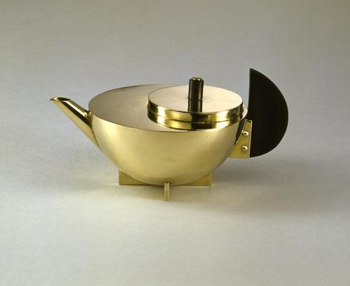 tlbsandwich: Mariane Brandt-Tea Infuser and Strainer,1924.