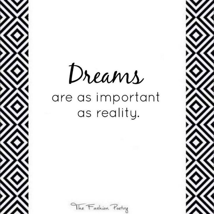 The Fashion Poetry : Dreams are as important as reality | Unelmat ovat yhtä tärkeitä kuin todellisuus