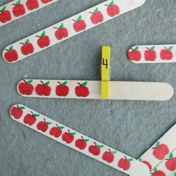 Apple Counting Busy Bag - practice numbers and fine motor skills!