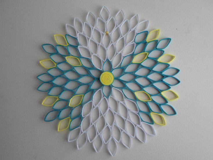 Blanc turquoise tenture jaune Dahlia par GeorgianaArtAndStyle