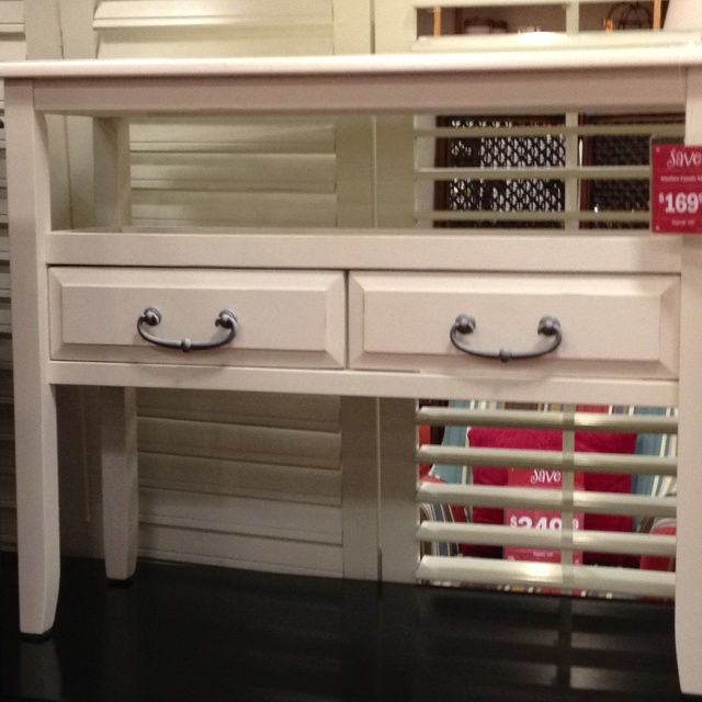 Pier one console