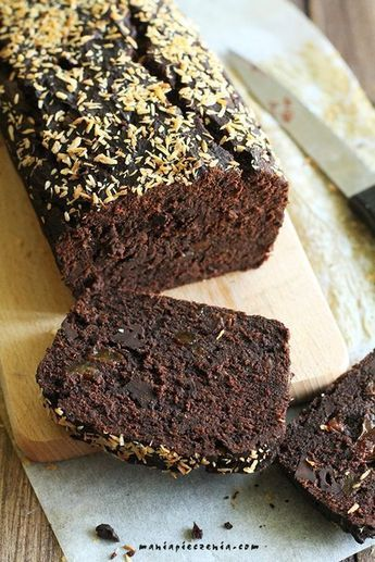 Mocno czekoladowe, bardzo sycące ciasto z samych zdrowych składników. Czysta przyjemność bez wyrzutów sumienia : -) Bez jajek, laktozy...