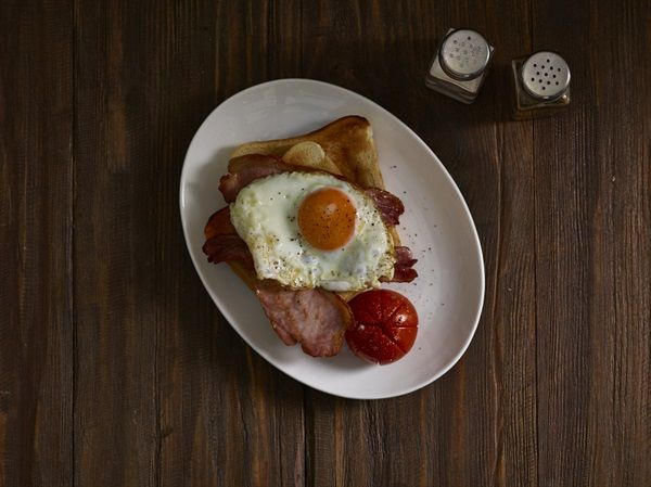 Our porcelain Oval Plates are great for modern breakfast service.