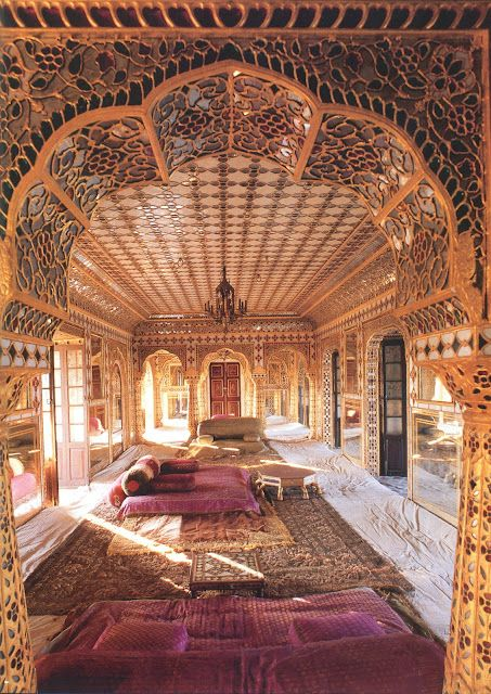 This room is bigger than my house, but so, so wonderful.  draupadi:    rajasthani haveli interior, Indian Interiors