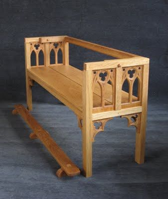 St. Thomas guild - medieval woodworking, furniture and other crafts: Constructing the oak strycsitten