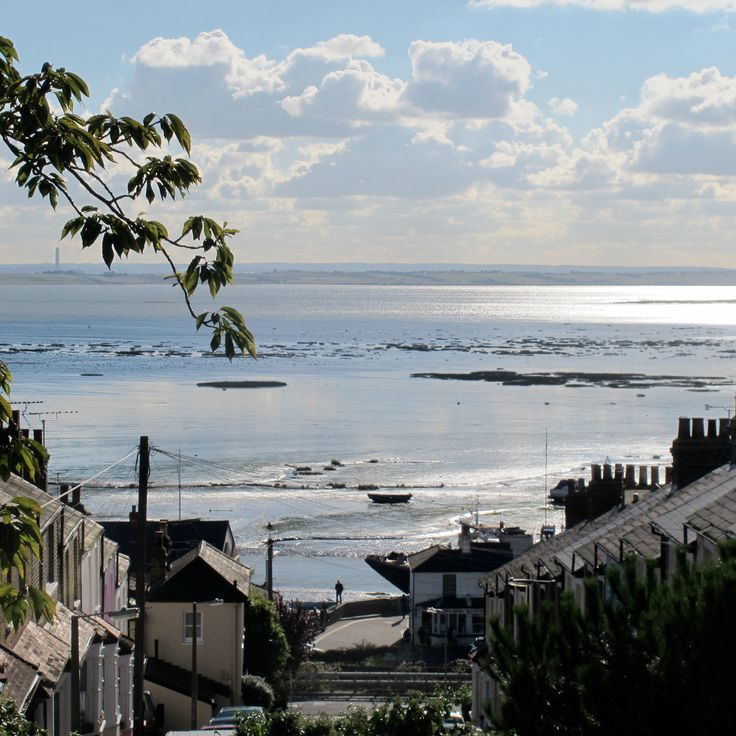 View looking down Uttons Ave out onto the Estuary.  Leigh on Sea.