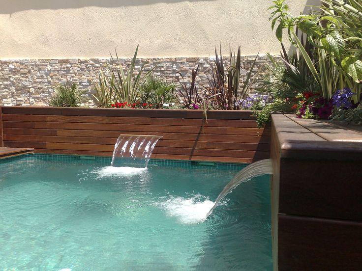 Mejores 8 im genes de piscina con jardineras y cascadas - Tipos de jardineras ...