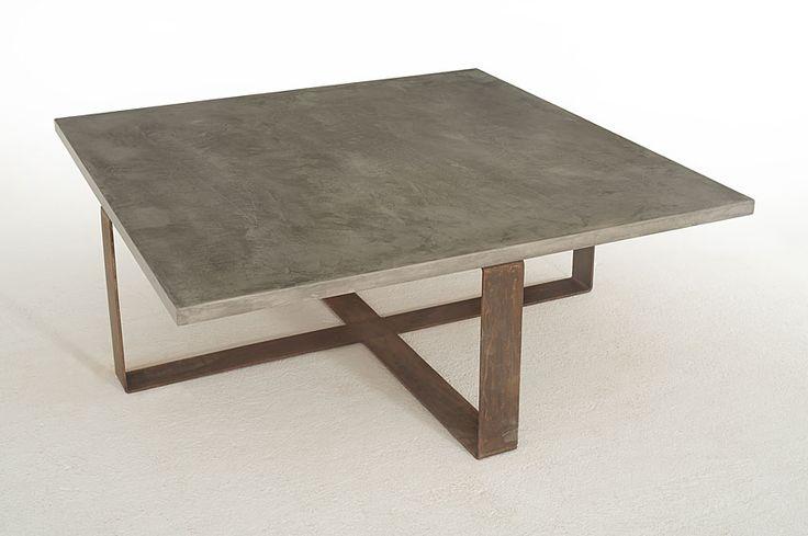 Mesa de Centro Microcemento tapa fina Benitoita   Material: Microcemento   Micromortero color cemento, patas cubo de acero oxidado