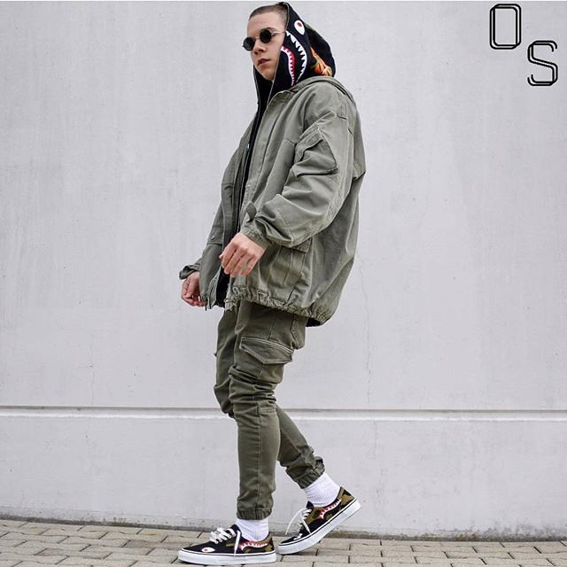 Instagram media by outfitsociety - #OutfitSociety Presents @achmedlachned green soldier:  Zara Jacket and Pants Bape Hoodie and  Bape Shoes
