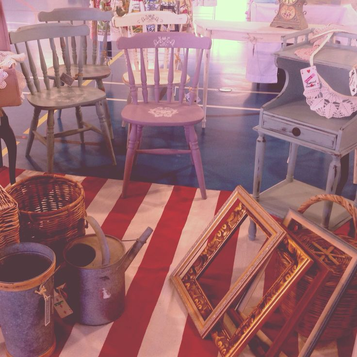 Small market space. All things beautiful! #alwaysroomforcutetrinkets