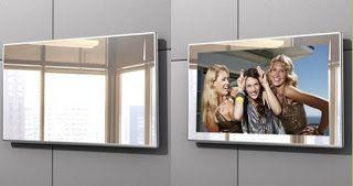 """Телевизор со встроенным зеркалом http://www.rekbes.com/2016/09/blog-post_19.html  Телевизор в с приставкой SmartTV для ванной комнаты AVS220F с ярким экраном 21.5"""". Телевизор AVIS представлен в нескольких цветовых вариантах (полностью зеркальный, белая, зеркальная, чёрная рамка) и прекрасно подойдёт под любой интерьер ванной комнаты. Благодаря входящему в комплект медиаплееру СмартТВ телевизор поддерживает установку дополнительных приложений, что существенно расширяет функциональные…"""