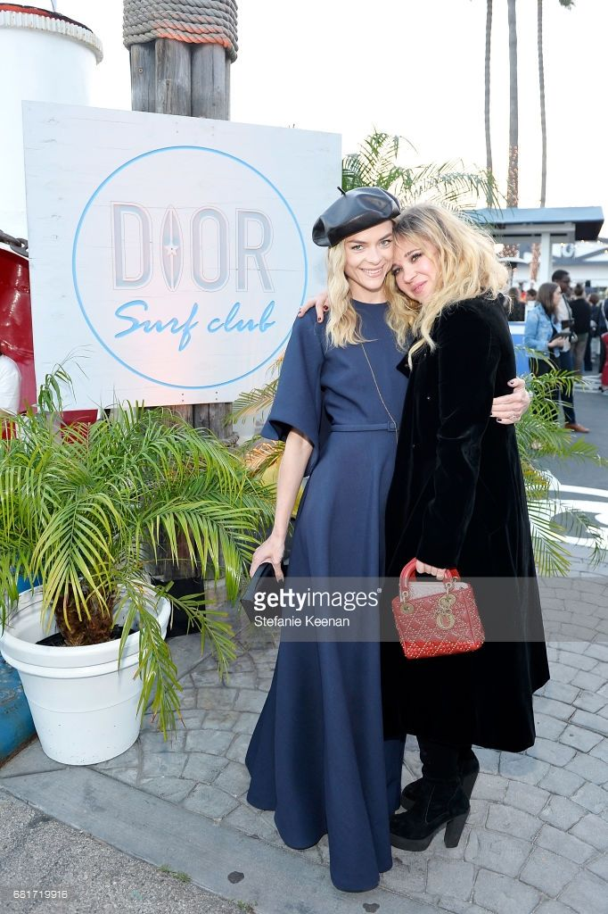 Jaime King and Juno Temple attend Christian Dior Cruise 2018 Welcome Dinner at Gladstone's Malibu on May 10, 2017 in Malibu, California.