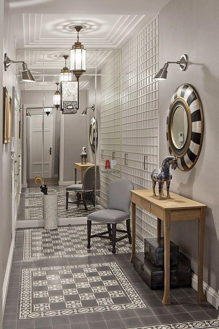 Фото интерьера входной зоны квартиры в стиле ар-деко