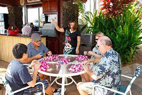 Lei Making | Noelani Condominium Resort
