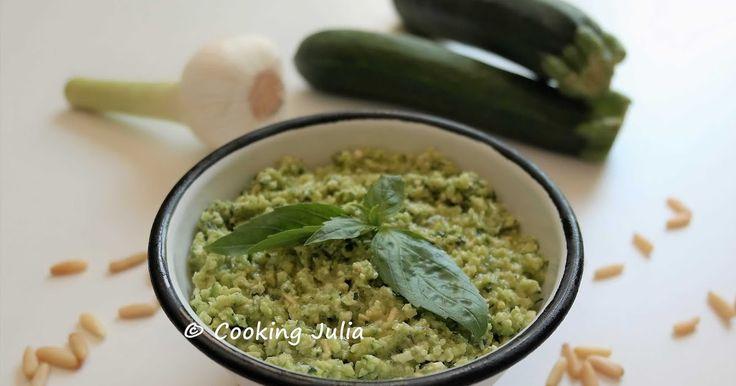 Cela devient une manie de transformer tous les légumes en pesto ou en houmous. Cette fois-ci, c'est la courgette qui passe à la casserole. E...