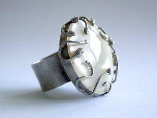 carlamerino.blogspot.com  anillo plata envejecido, piedra nacar blanco