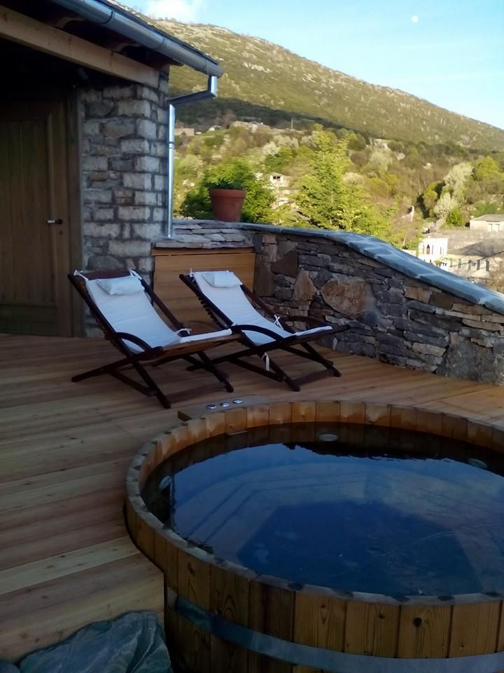 http://www.living-postcards.com/category/greek-back-mountain/hotel-primoula-ano-pedina-zagori#.WCnXVeF96hc