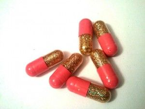 Des pilules pour faire caca des paillettes !!!