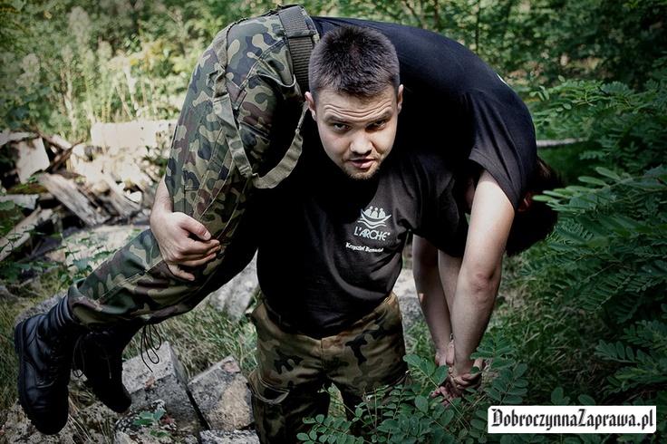Zmęczenie dopadło najsłabszych, ale silniejsi pomogli. To jest zgrany zespół / zajrzyj na www.dobroczynnazaprawa.pl