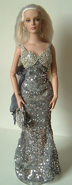 Winter Whisper Syd - Joe Tai outfit by dolli*knitrix, via Flickr