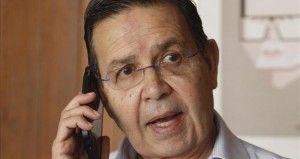 """El ex Presidente de Honduras, RafaelCallejas, implicado en un millonario escándalo de corrupción de la Federación Internacional de Futbol Asociado (FIFA), viajó hoy a Estados Unidos para enfrentarse a la justicia de ese país, que solicitó su extradición. Callejasabordó un """"vuelo privado"""" y """"en este momento está viajando a Estados Unidos"""", informó el canciller […]"""