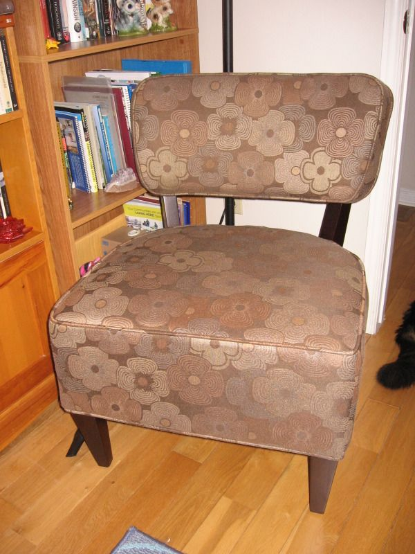 Accent Chair Chairs Recliners Kingston Kijiji Fabric