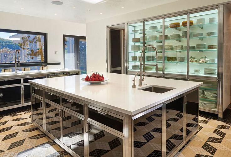 Stunningly Stainless | Kitchen Gallery | Sub-Zero & Wolf App