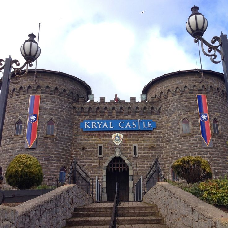 The Adventure Park and Resort caters to all ages from children discovering the myths, legends and fairytales of the Castle to teenagers being entertained and thrilled in the Torture Museum and special effects Dungeon and parents enjoying the dramatic Castle Arena shows. In total, Kryal Castle provides more than 12 new entertaining attractions and experiences. […]