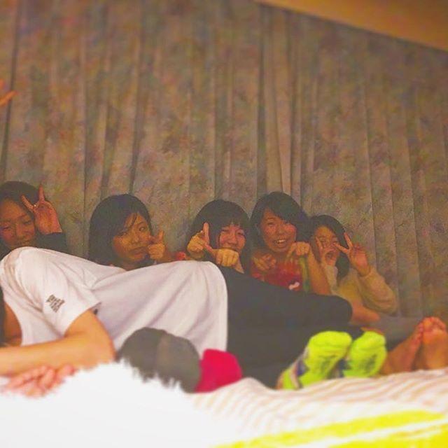 【asahi__o7201】さんのInstagramをピンしています。 《沖縄楽しかった➂ . . #森 の#誕生日 #🎂 #🎉 #17歳おめでとう . . #このメンバー結構好きだったりするよ #🙈 #笑  #今度は #ふつうに #沖縄旅行 #したいです 。 #3日間 #ありがとう #😜 #🌺》