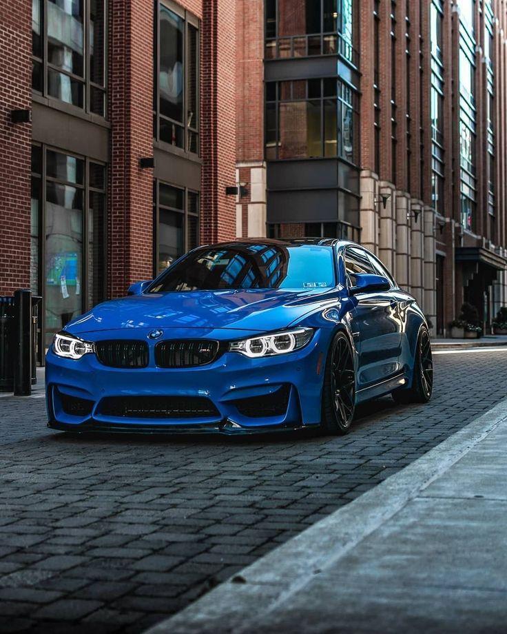 Auf jeder kurvenreichen Straße finden Sie Nervenkitzel. Das BMW M4 Coupé. #BMW # M4 #BMWM #BMWMrepost @ m4_smurf BMW M4 Coupé - Kraftstoffverbrauch… - - #Bmw