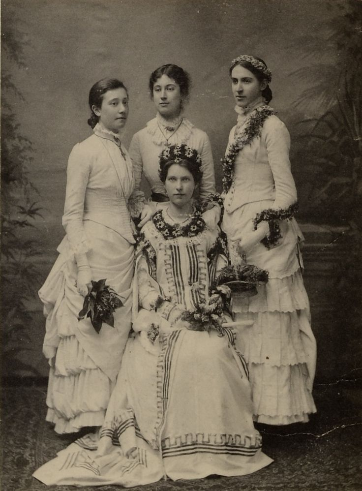 The May Queens of Whitelands College 1884