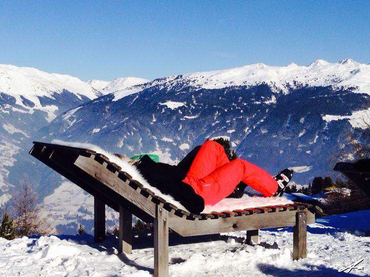 Paus med vidunderlig utsikt. Zillertal Österrike V70 2015