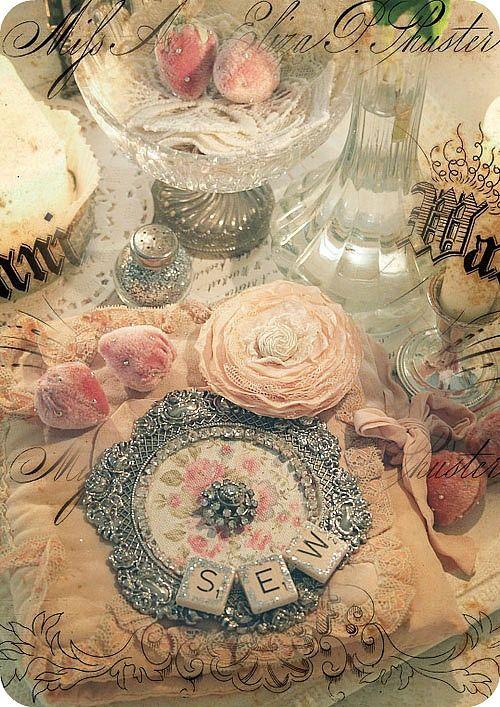 shabby chic fabric+crochet lace flower