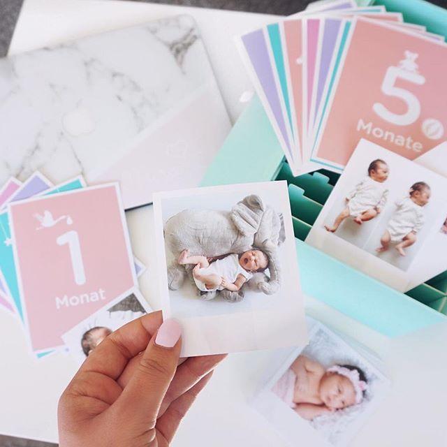 Solange sich im Hause Sen nichts tut, widme ich mich den Dingen die schon seit Monaten anstehen 🤦🏼♀🤷🏼♀. Und zwar Mira's Fotobox! Ich habe es endlich geschafft, Bilder ausdrucken zu lassen 🙄. Endlich eine Erinnerung die man für immer hat, nicht nur solange der Speicherplatz mitmacht 😂. Ich habe mich für die Baby Memory Box mit 100 Fotos von @cheerz entschieden. Die Entscheidung war nicht einfach bei über 3000 Fotos (auf meinem Iphone/Macbook) 😀, zum Glück muss man sich nicht alle 100…