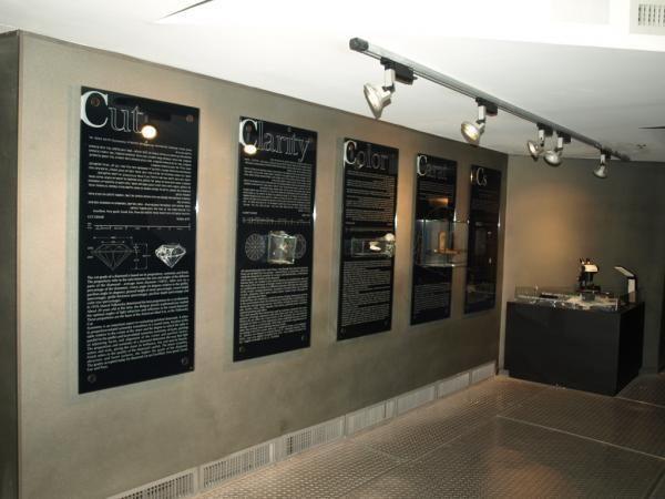 4 главные характеристики бриллианта - вес. цвет, чистота и качество огранки — в Бриллиантовая Биржа в Израиле. http://apodarok.com/kupit/