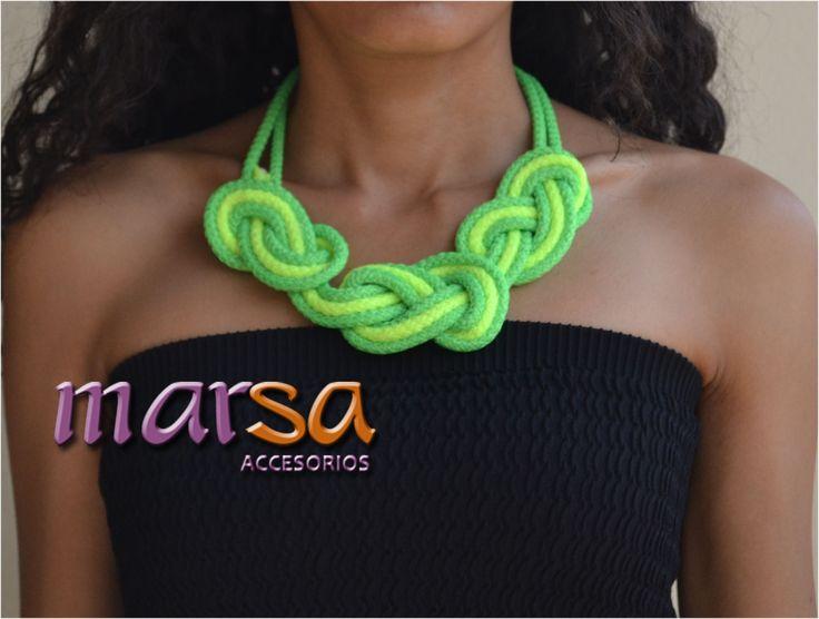 Mira aquí una idea de un collar con cordón. Collar para mujer. Obténlo ahora. Realizamos envío a toda Colombia