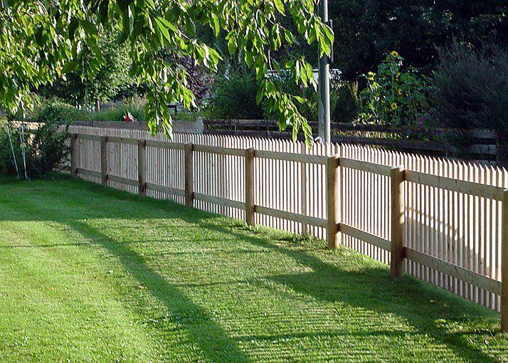 Výsledek obrázku pro dřevěný plot