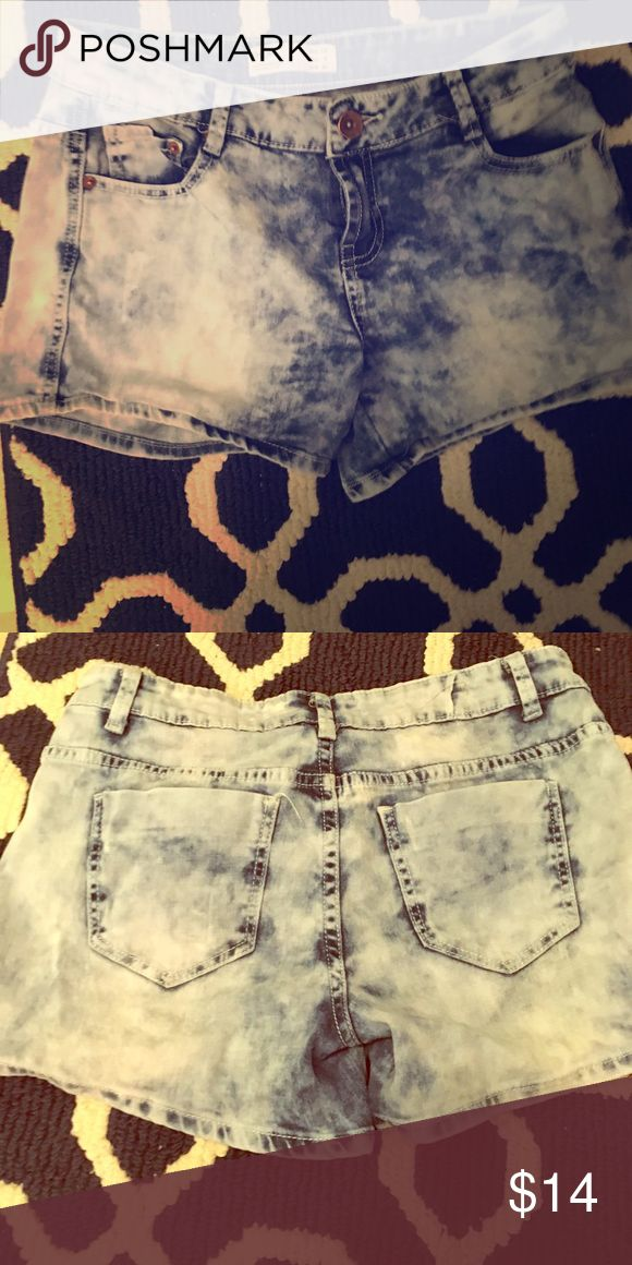 Acid wash denim short Classic rise, fitted short Cotton On Shorts Jean Shorts