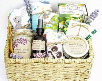 Best 25+ Pregnancy gift baskets ideas on Pinterest | Pregnancy ...